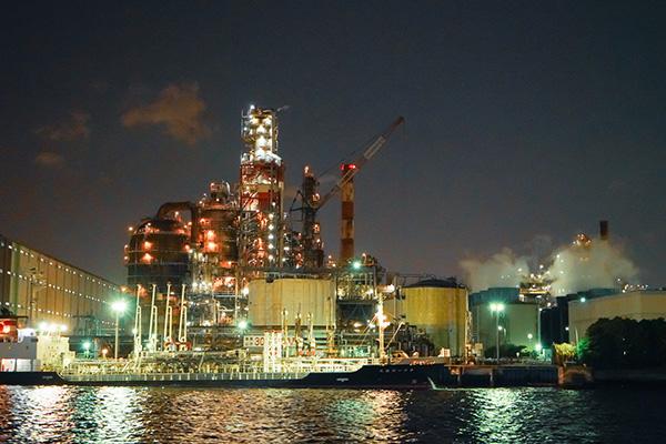 横浜・川崎の工場夜景クルーズ